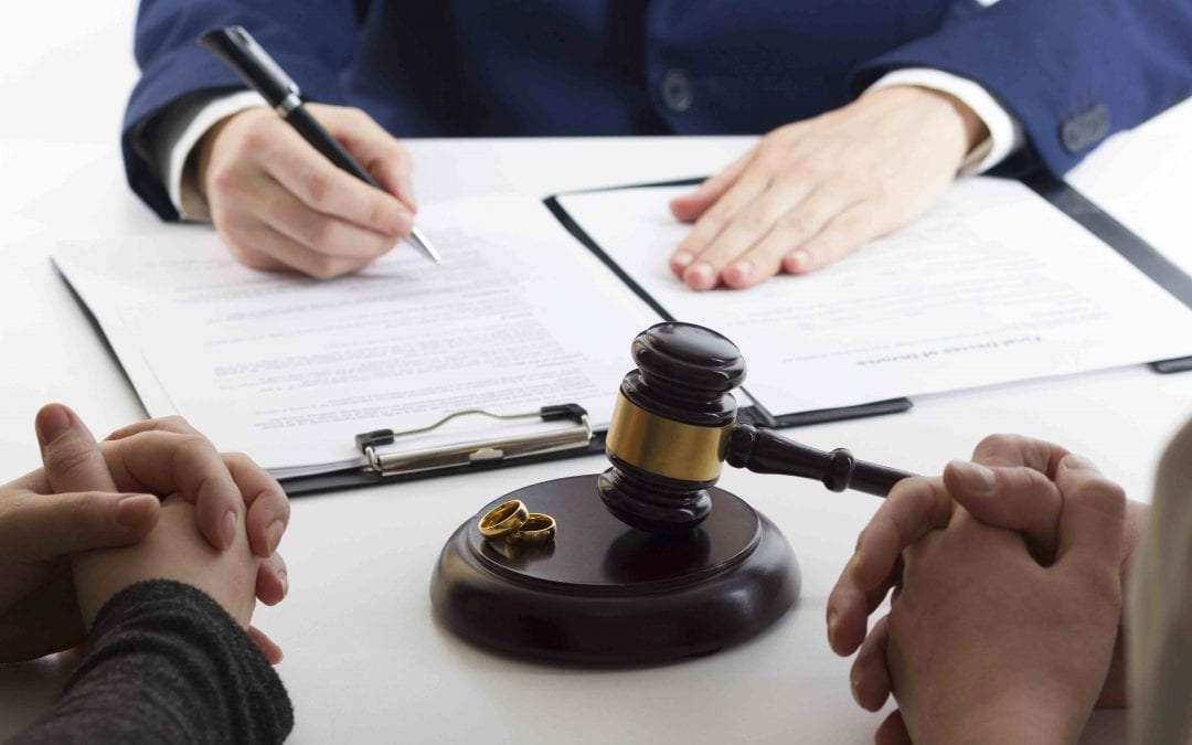 Family Law Attorney vs. Divorce Attorney: What is the Difference?